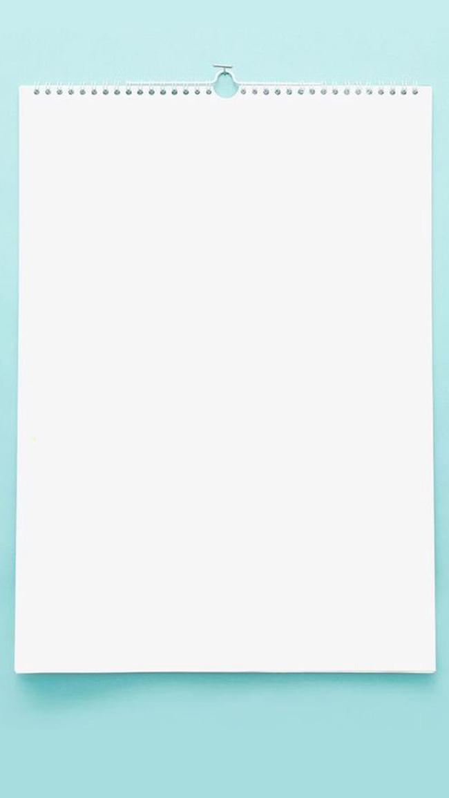 千库网-简约日历挂画蓝白色H5背景
