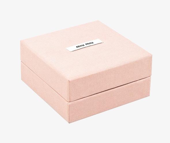 粉色包装盒子